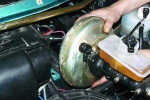 5 советов, которые помогут устранить неисправность усилителя тормозов