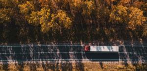 Объяснение систем слежения за грузовиками с помощью GPS